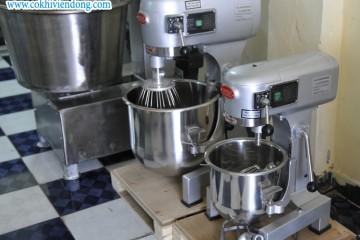 Dây chuyền làm bánh trung thu với đầy đủ thiết bị máy móc