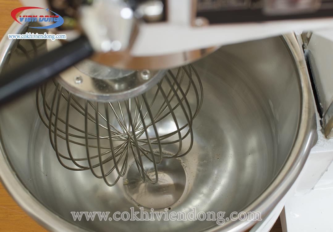 Máy đánh trứng trộn bột 20 lit
