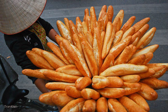 Mở lò bánh mì ở quê