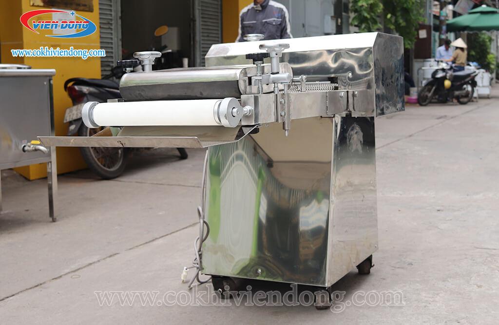 Máy se bột 1 băng tải - Chẳng cần có kĩ thuật vẫn có thể tạo hình bánh!