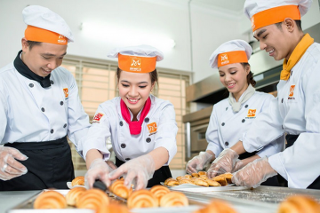 Băn khoăn của bạn: Để mở lò bánh mì cần bao nhiêu vốn?