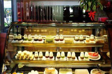 Top 4 tủ trưng bày bánh đẹp giá cực mềm cho quán cafe bánh