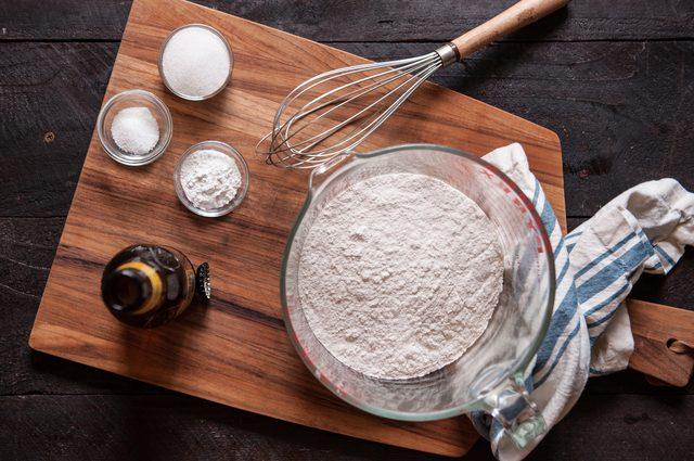 nguyên liệu làm vỏ bánh (hình ảnh tượng trưng)